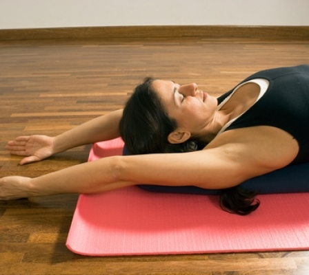 yoga for hyperkyphosis