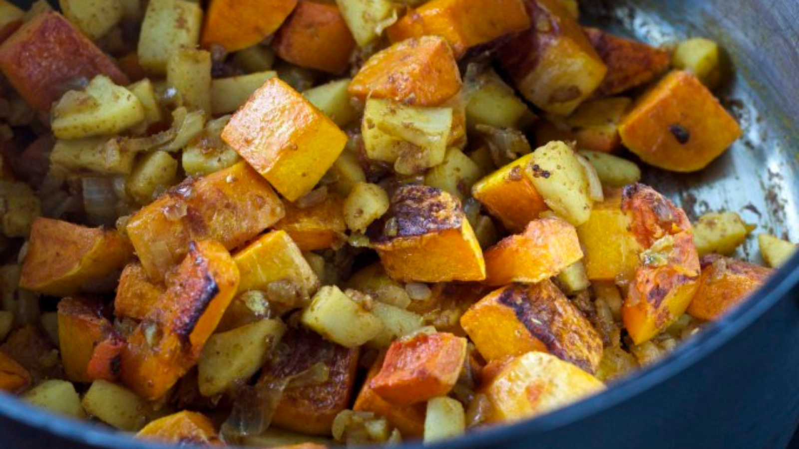 The benefits of eating seasonal and substantial butternut squash and apple soup