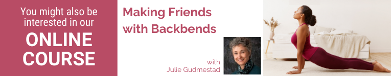 Julie Gudmestad, Yoga teacher, Yoga therapist, Safe forward Bending, Yoga and Anatomy, Yoga and Anatomy-based alignment