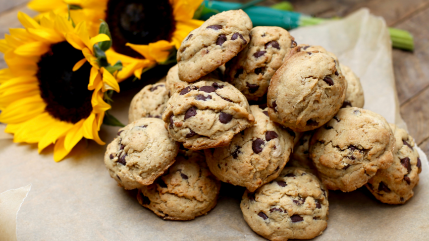 Wellness tips to make chewy gluten-free and vegan chocolate chip cookies