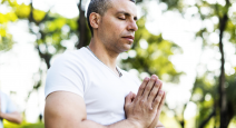 benefits of yoga and mindfulness to help people manage and reduce pain without the use of drugs