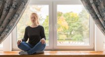 Study finds yoga helps ease depression