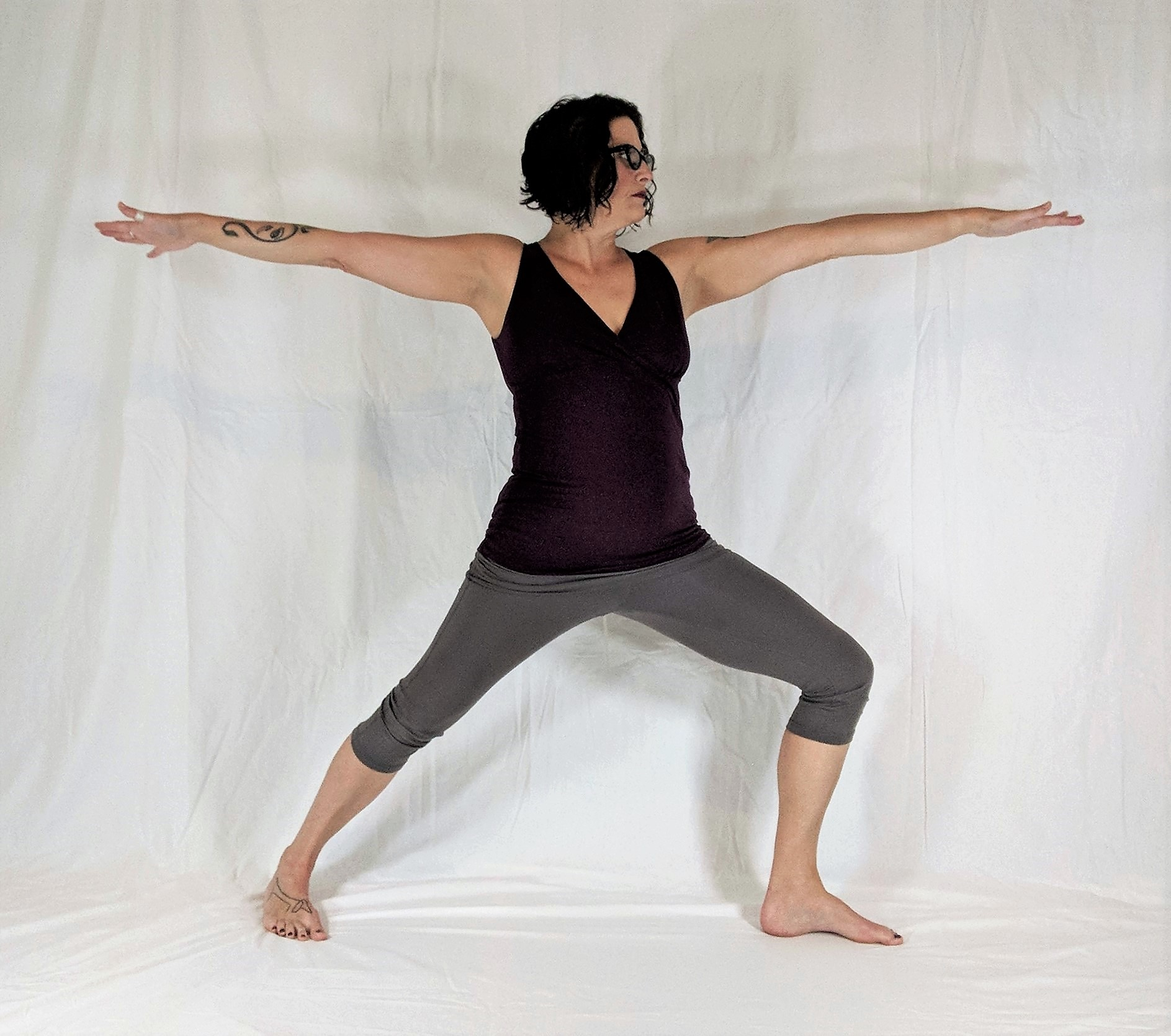 Virabhadrasana 2, warrior 2, standing pose, strengthening pose, beginner's yoga, yoga for cancer neuropathy